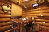 «Банечка» на дровах с прорубью в Гатном: Баня с вениками