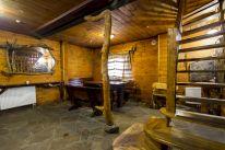 Баня «Мыльна Хата»: Зал с бильярдом